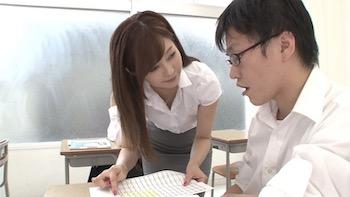 石原莉奈さんの女教師での授業